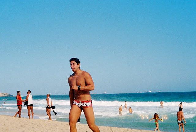 Ipanema Farme de Amoedo Beach Photos - GayCities Rio de Janeiro: rio.gaycities.com/beachesdetailphotos/50032/2