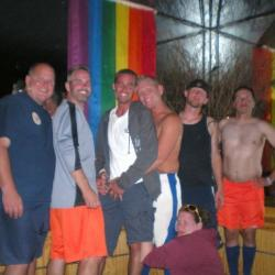 gay swingers in 37040