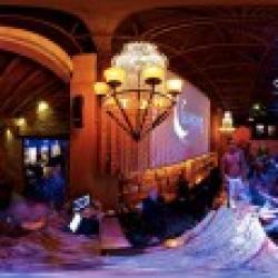 La Noche Martini Lounge