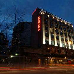 Ramada Inn & Suites