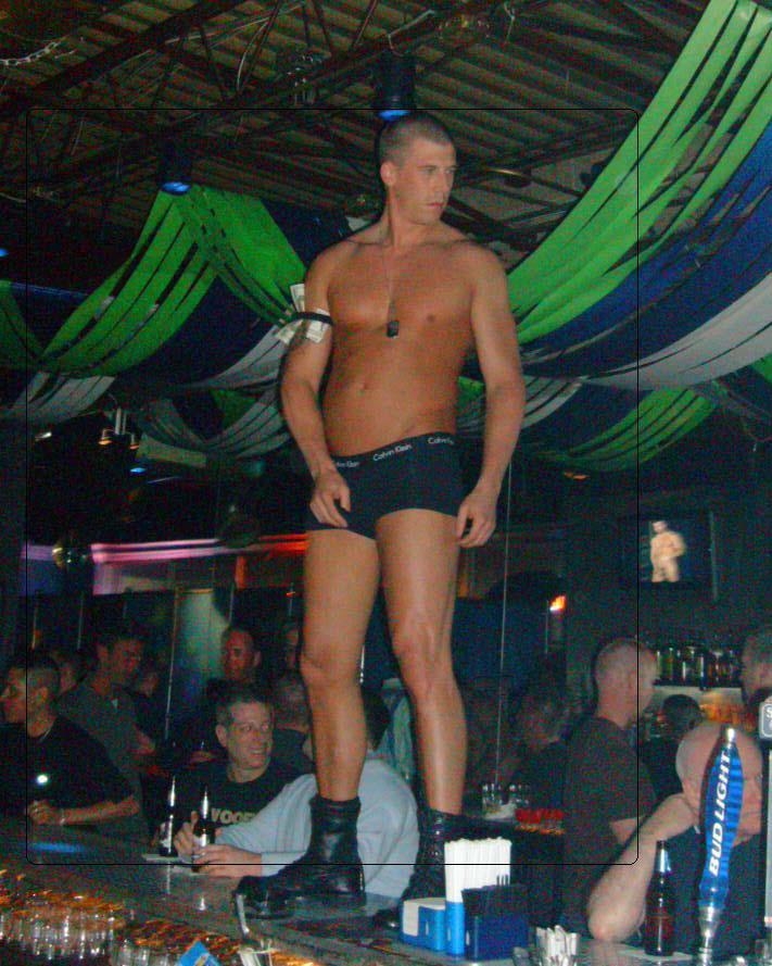 gay resort maui