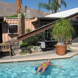 Triangle Inn Palm Springs