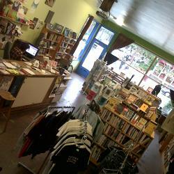 Camas Books & Infoshop