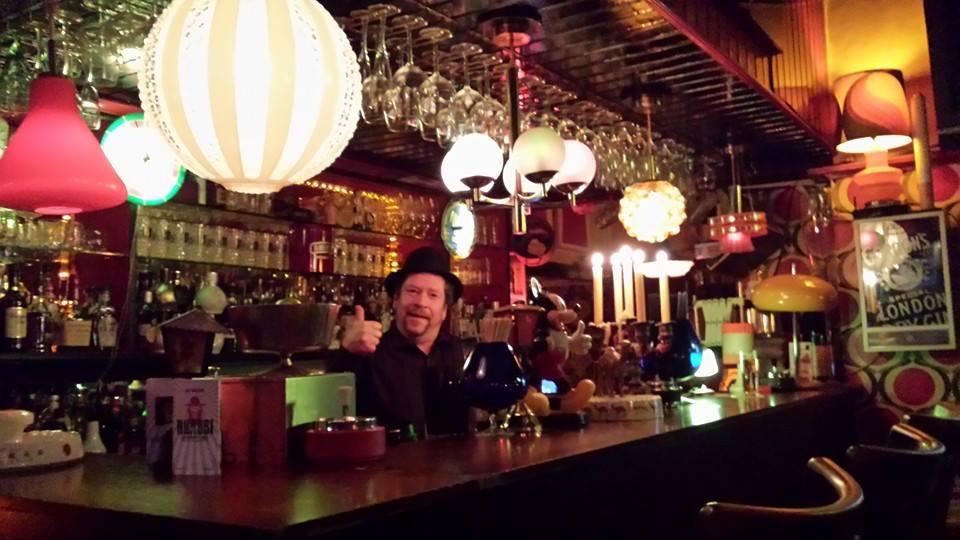 Hamburg Gay Bars 2021: Karaoke - GayCities Hamburg