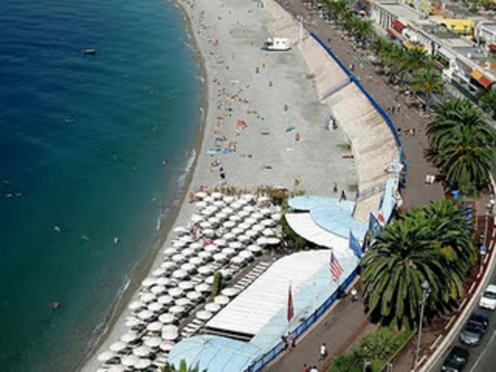 Castel Plage (Beach)