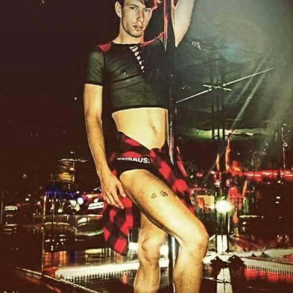 Gay big bulge thong pictures