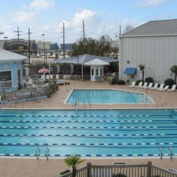 Bourbon Square Apartments: Elmwood Fitness Center Reviews, Photos
