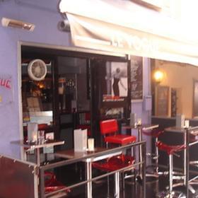 Le Vogue Bar